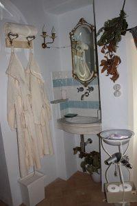 B&B Eremo Gioioso: bagno camera il castagno