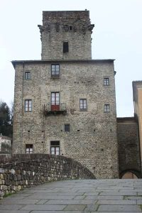 Pontremoli: torre medievale di Busticca
